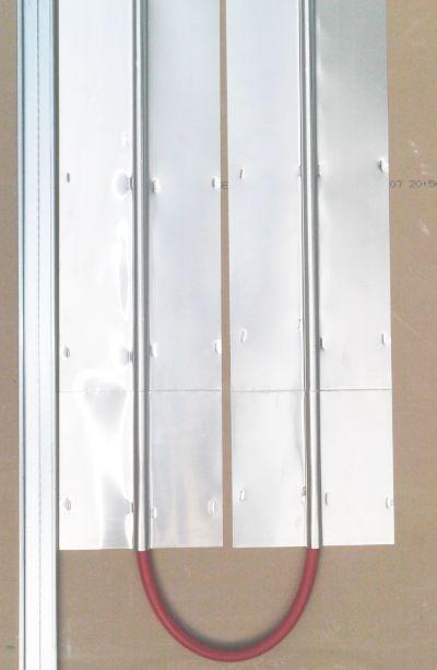 Pose du plancher chauffant rénovation Ttradi Budget entre fourrure de plaques de platre