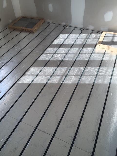 Mise en place du plancher chauffant à Montreux - Clarens