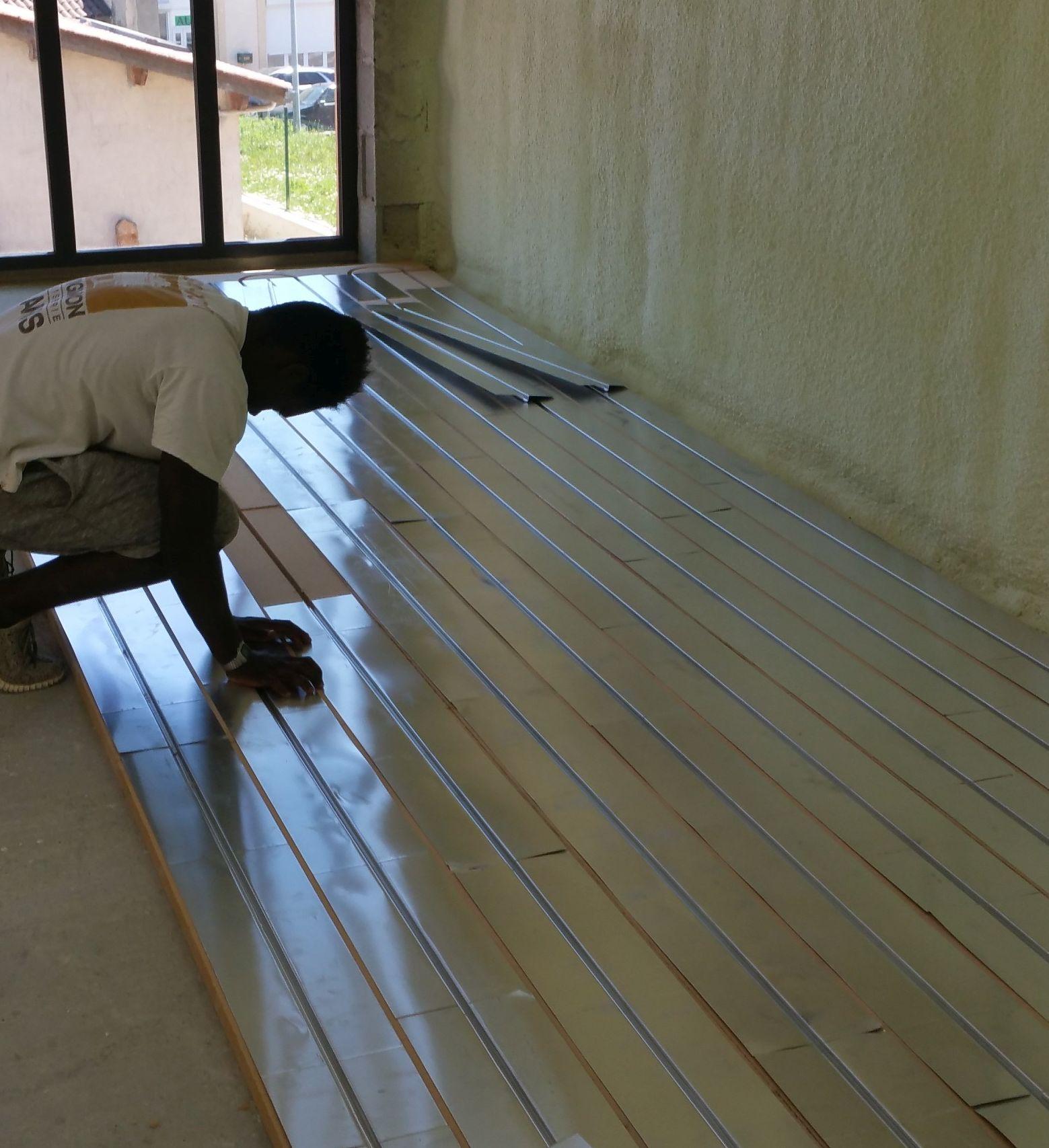 Pose plancher chauffant par DM Projets à Lyon et Rillieux-la-Pape