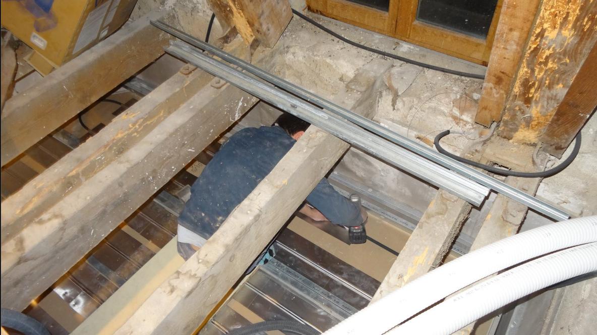 Chateau Camus: Rénovation avec plafond chauffant Caleosol