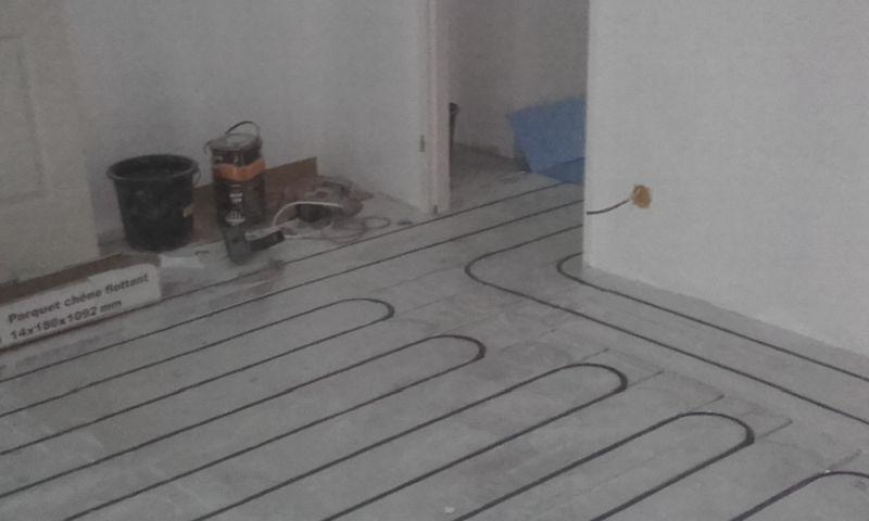 Exemple de plancher rafraîchissant par géothermie