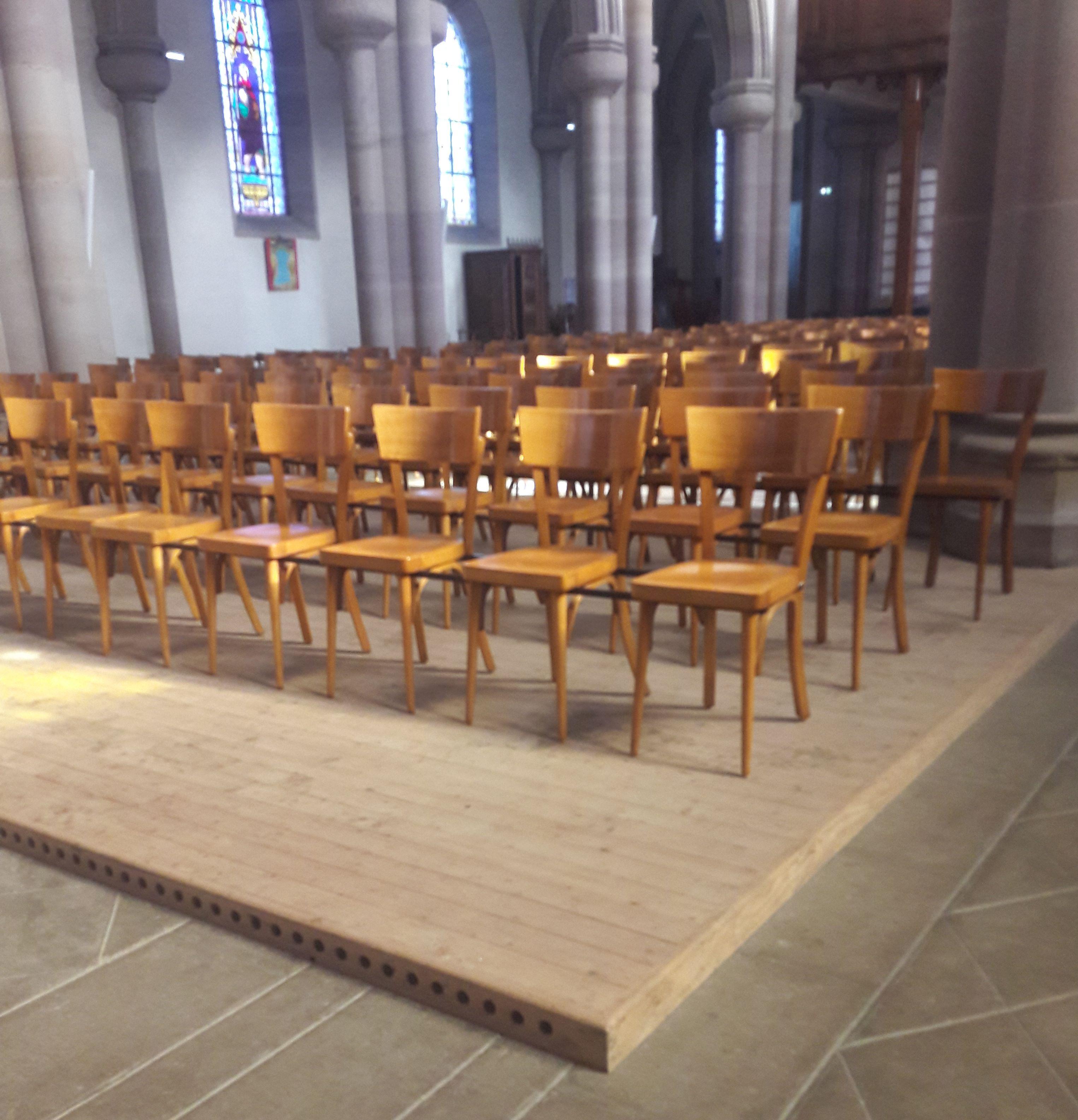 Parquet sol chauffant en pose clouée dans une église