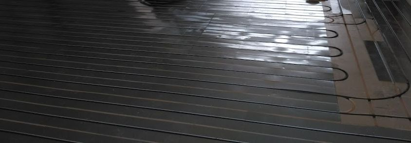 Plancher chauffant Caleosol TRADI posé par REFASOL sur Fillières (54) avec une partie sous Fermacell à carreler et une autre à recouvrir par du parquet flottant