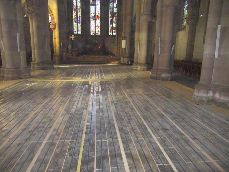 D'autres photos du chantier pose plancher chauffant Caleosol dans l'église d'Héricourt - Montbéliard