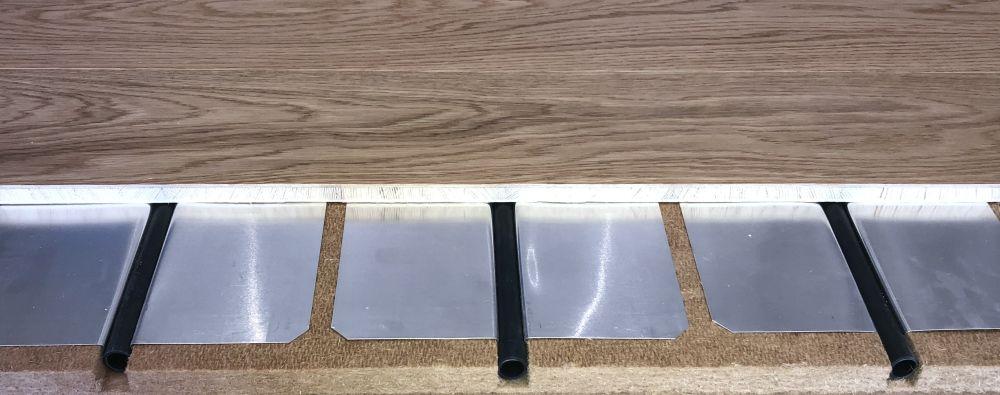 Plancher rafraîchissant Tradi ECO+2 cm isolant phonique avec parquet rafraîchissant en pose directe