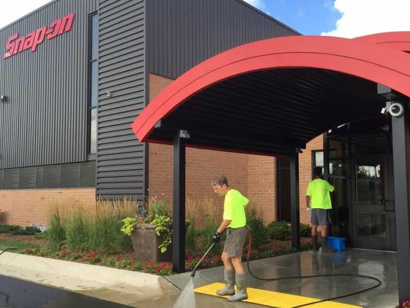 Commercial Pressure Washing in Waukesha