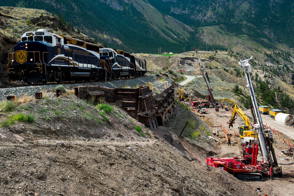 Nicholson provided a design-build solutionto stabilize part of the Canadian National Railway's railbed.
