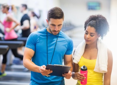 pros and cons of dating a personal trainer