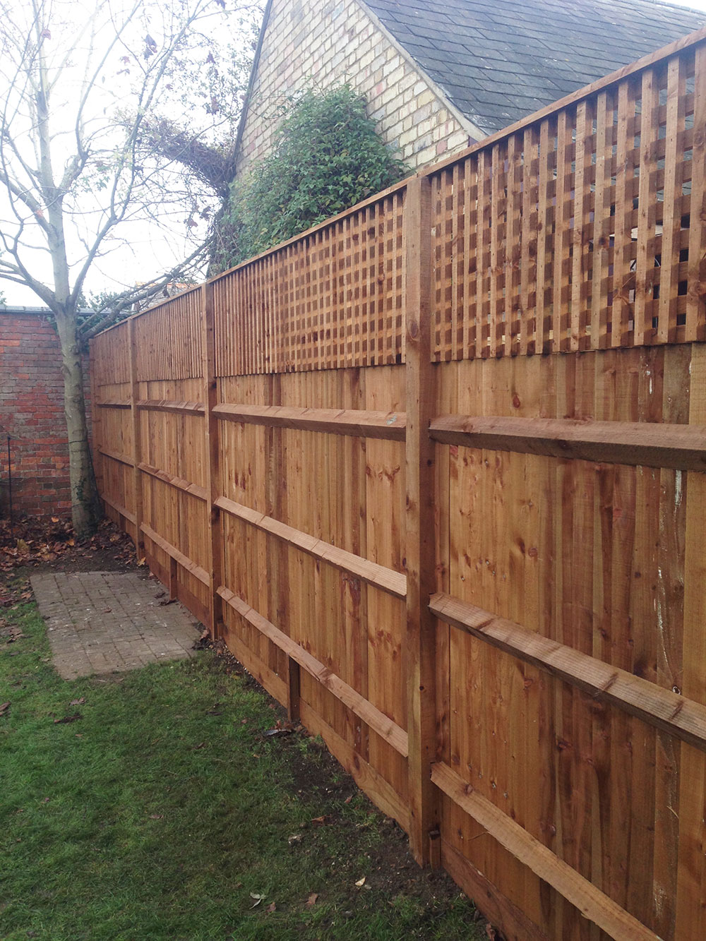 CREATIVE SCAPES FENCING