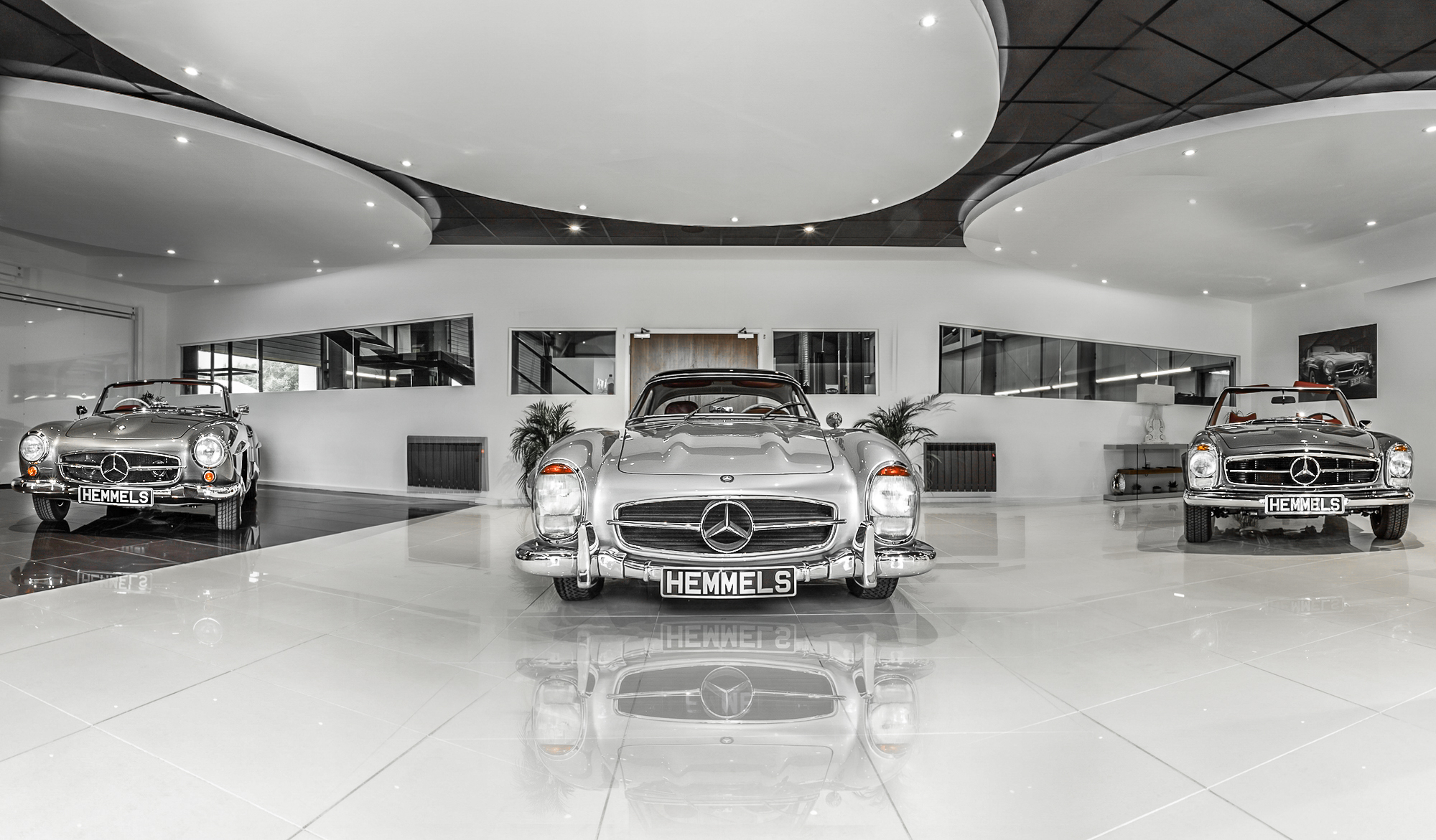 Mercedes 300SL, 280SL and 190SL in the Hemmels showroom