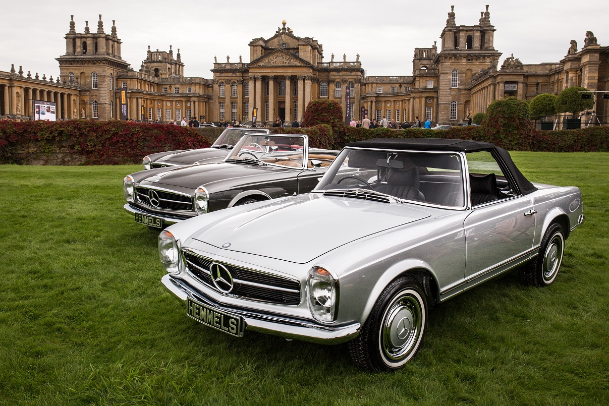 Three Mercedes-Benz W113 280SL Pagodas by Hemmels at Blenheim Castle