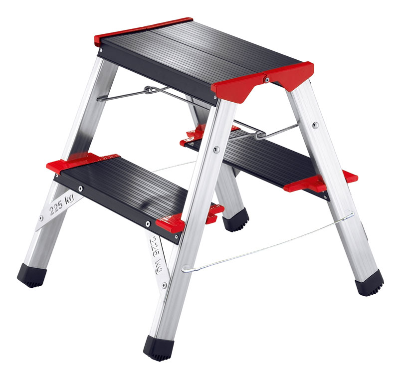 Hailo ChampionsLine L90 225 - Aluminium folding steps for climbing and sitting on. Maximum load capacity 225 kg.