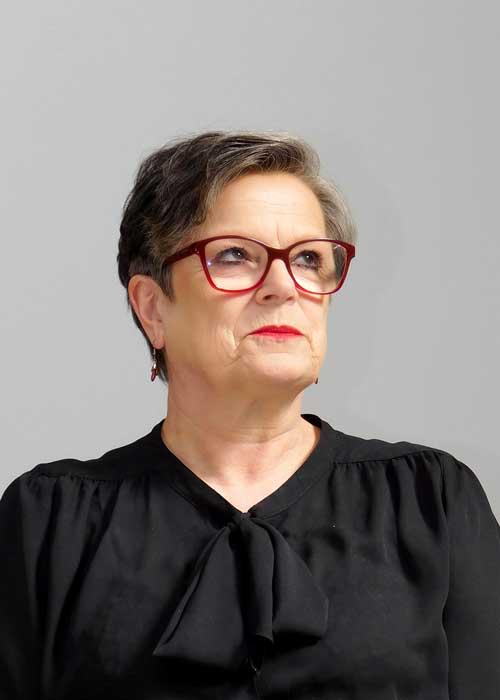 Maxine Gibbons