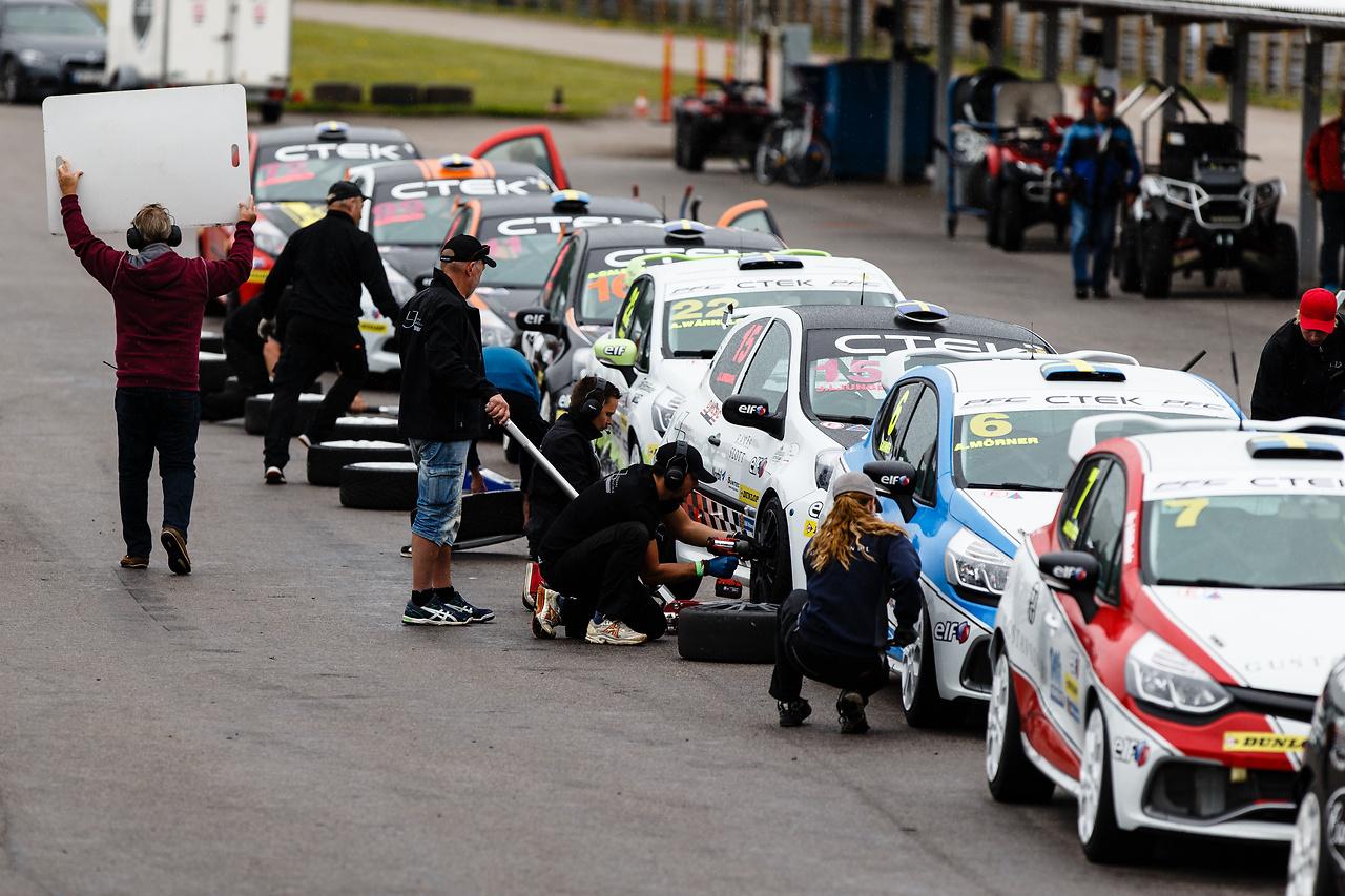 Wet race i Clio Cup på Kinnekulle