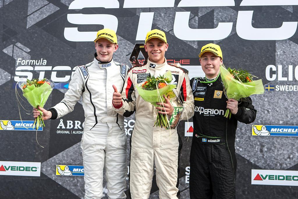 Ytterligare en tredjeplats på Skövde Airport för Albin Wärnelöv i racing serien.