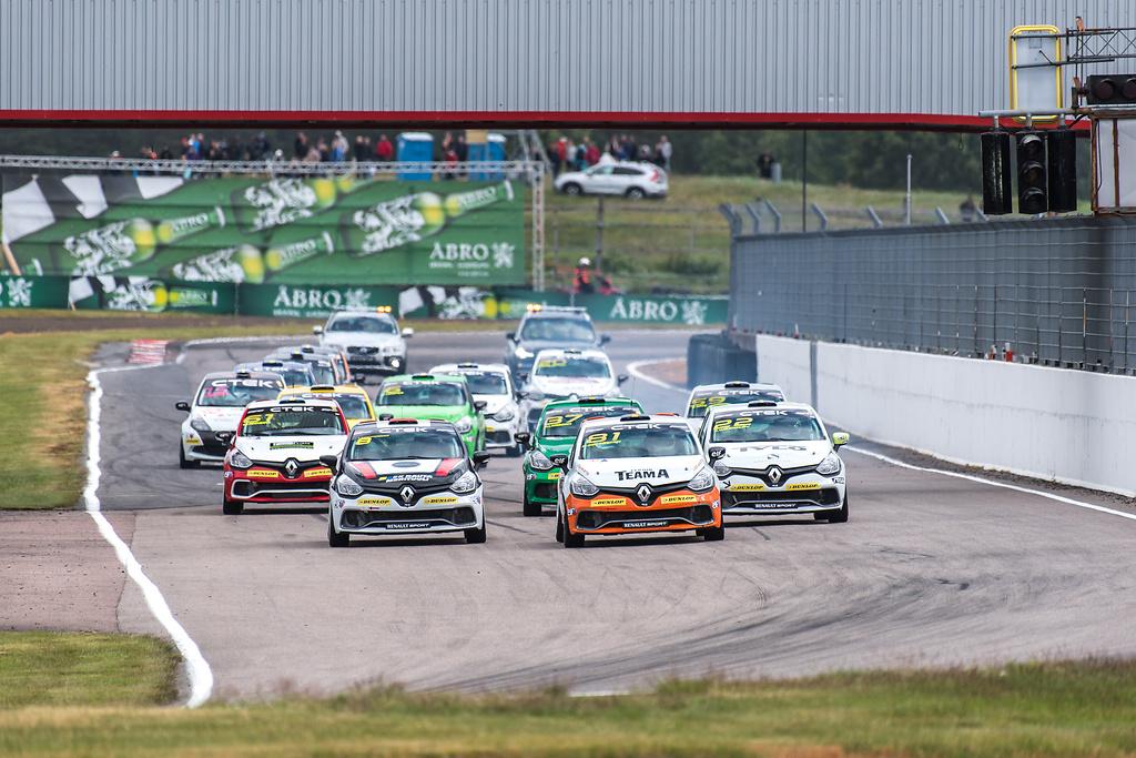 Anderstorp Raceway Clio Cup start av race två