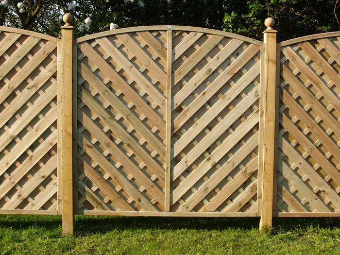 Fencing Installers Enfield