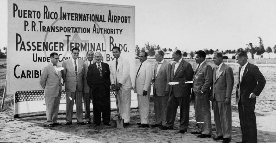 Inauguración del Aeropuerto Internacional Luis Muñoz Marín, Carolina, Puerto Rico.