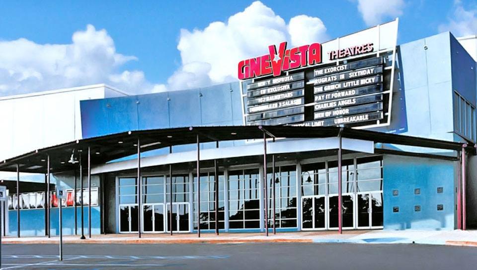 Foto vieja de CineVista, en el Centro Comercial Plaza Carolina, Carolina, Puerto Rico.