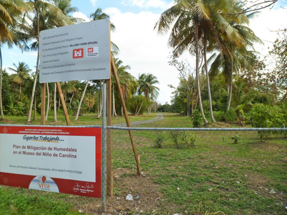 Camino al Museo del Niño por la Urbanización Jardines de Country Club, Carolina, Puerto Rico.