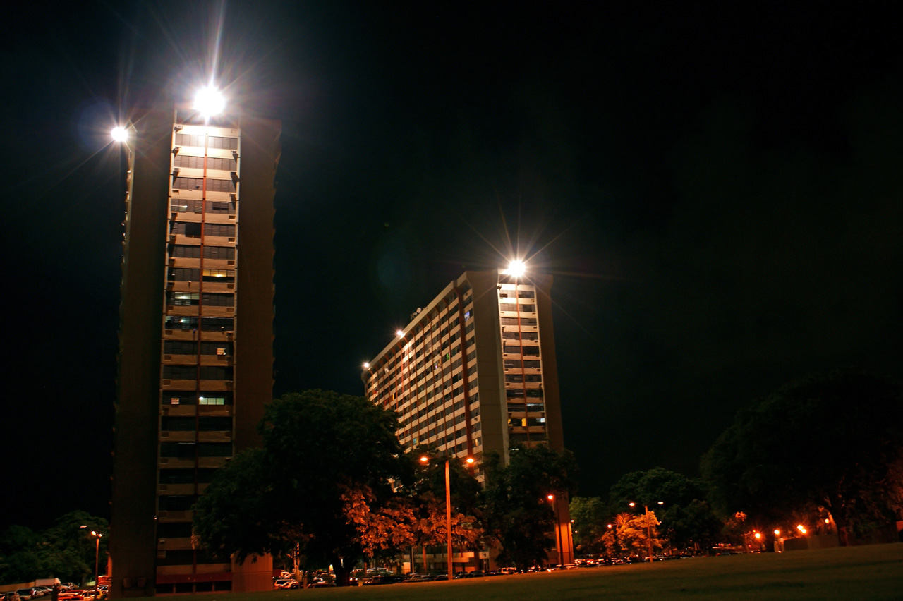 Condominio Monserrate Tower en Carolina, Puerto Rico.