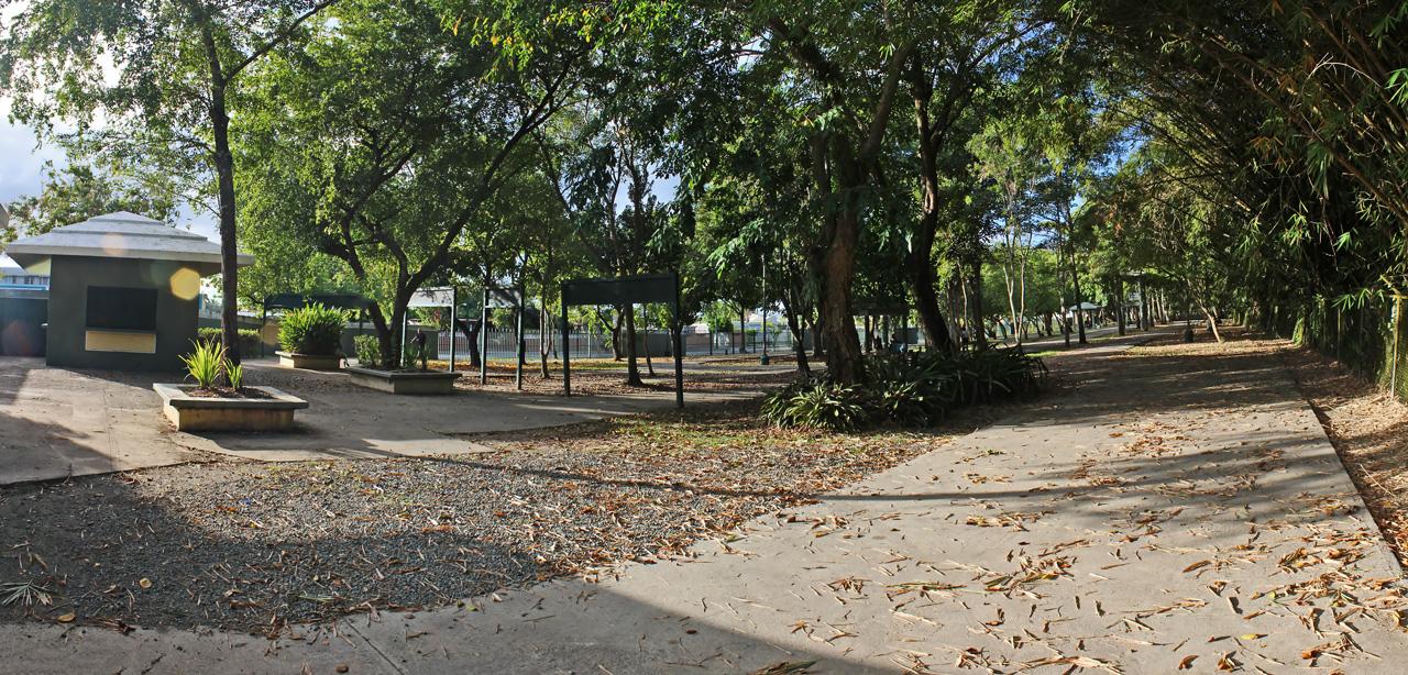 Pista de bicicletas y patinaje, Julia De Burgos, Carolina, Puerto Rico.
