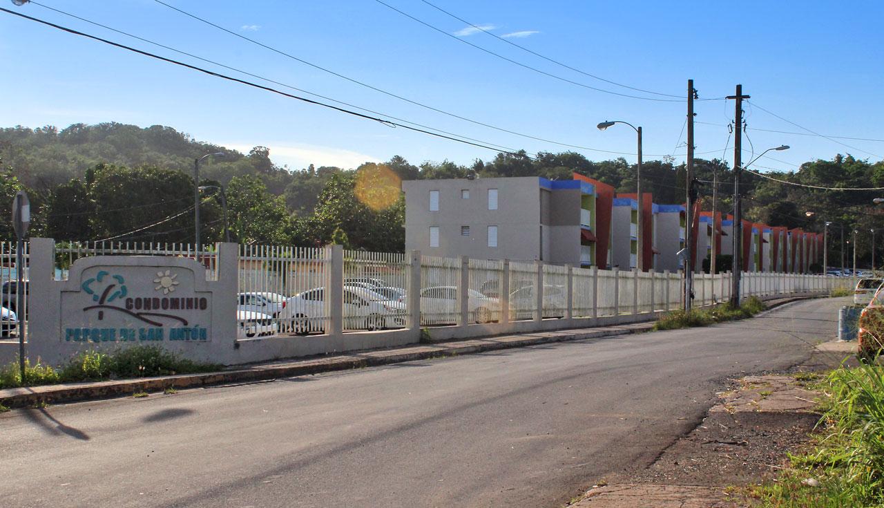 """Condominio Parque San Antón, Carretera 848 (Juan José García Ríos """"Chejuan""""), San Antón, Carolina, Puerto Rico."""