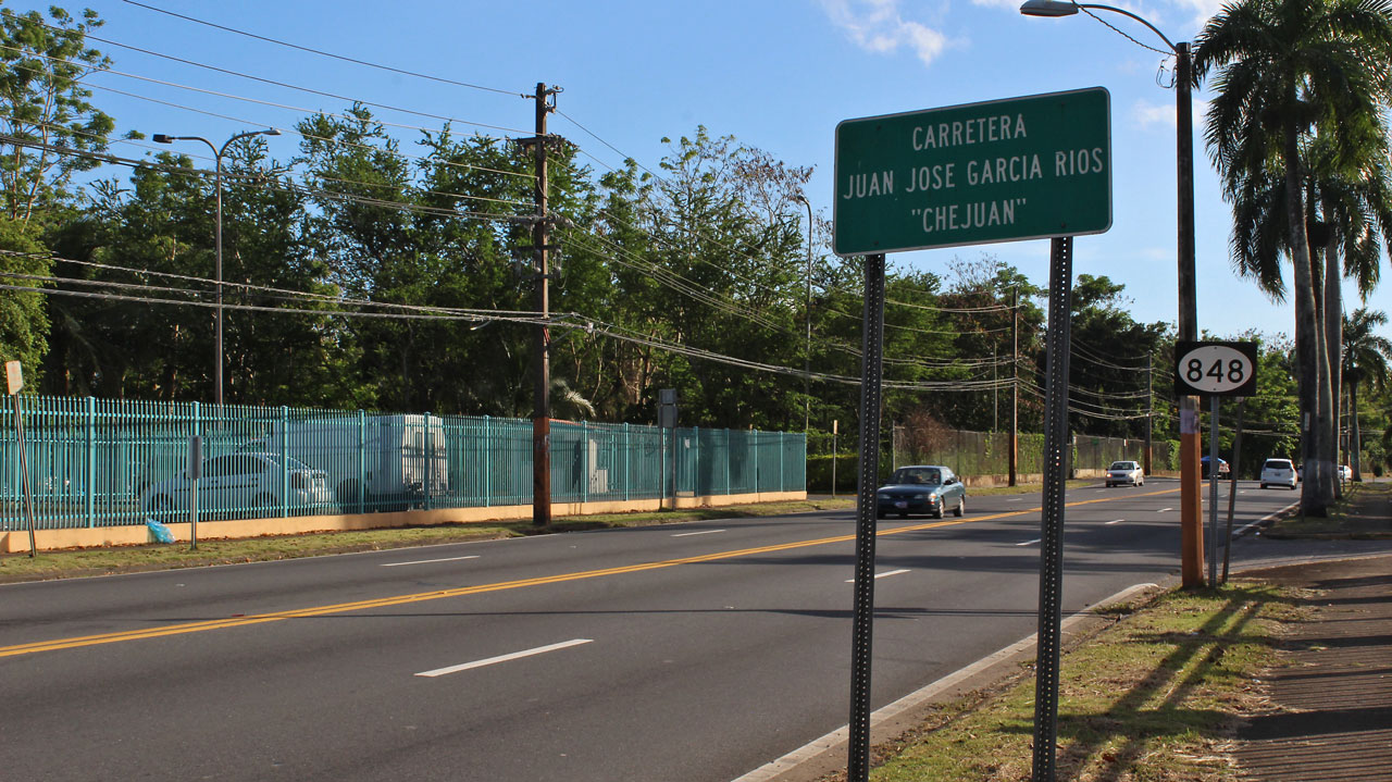 "Carretera 848 (Juan José García Ríos ""Chejuan""), San Antón, Carolina, Puerto Rico."