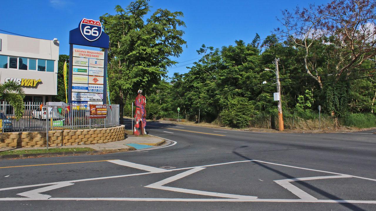 "Plaza 66, Carretera 848 (Juan José García Ríos ""Chejuan""), San Antón, Carolina, Puerto Rico."