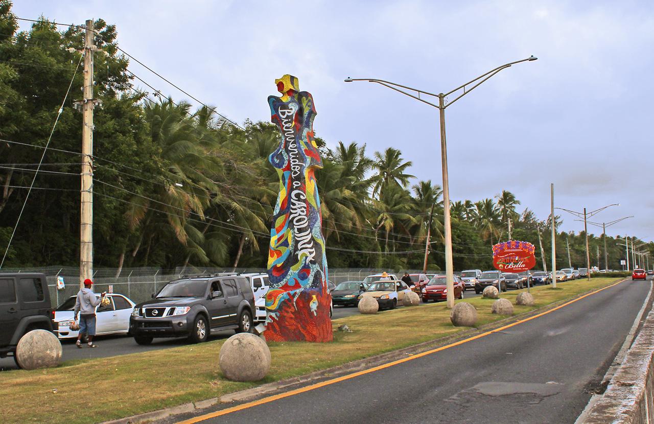 Mosaico de CERO Design, de Isla Verde, Carolina en dirección a Piñones, Loíza, Puerto Rico.