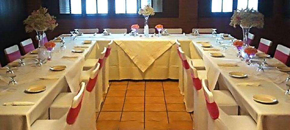 Salón de actividades de Metropol Restaurant & Bar en Isla Verde, Carolina.
