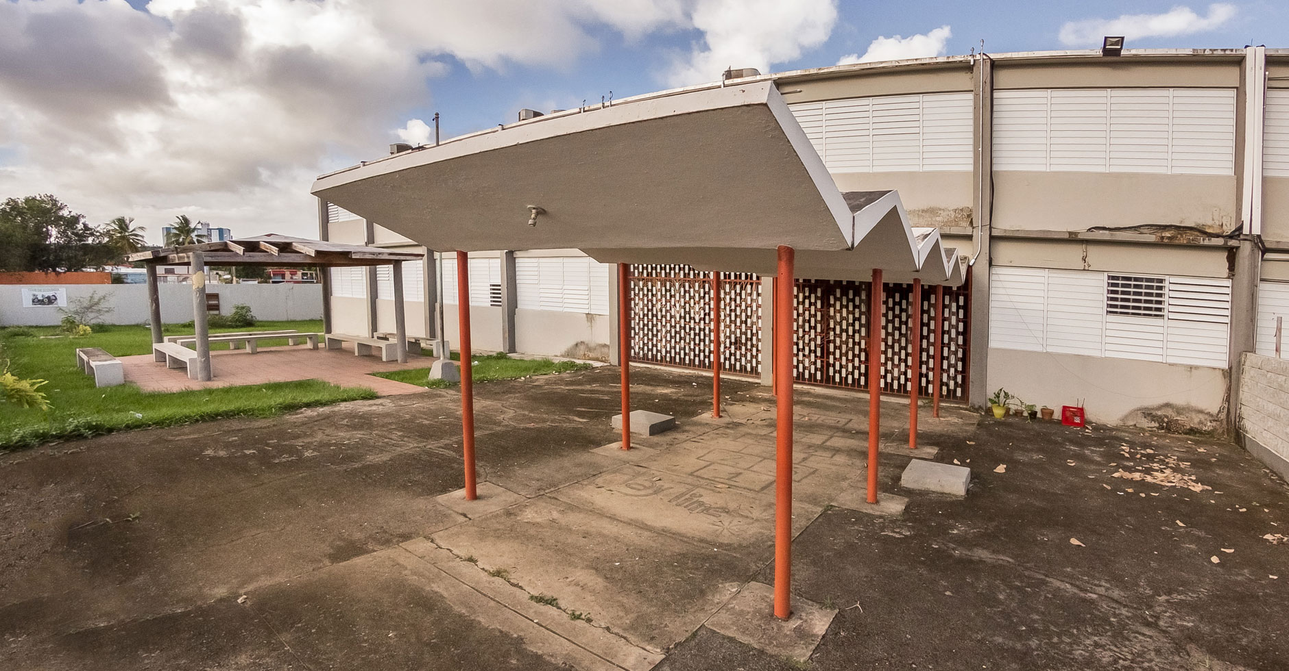 Escuela Roberto Clemente
