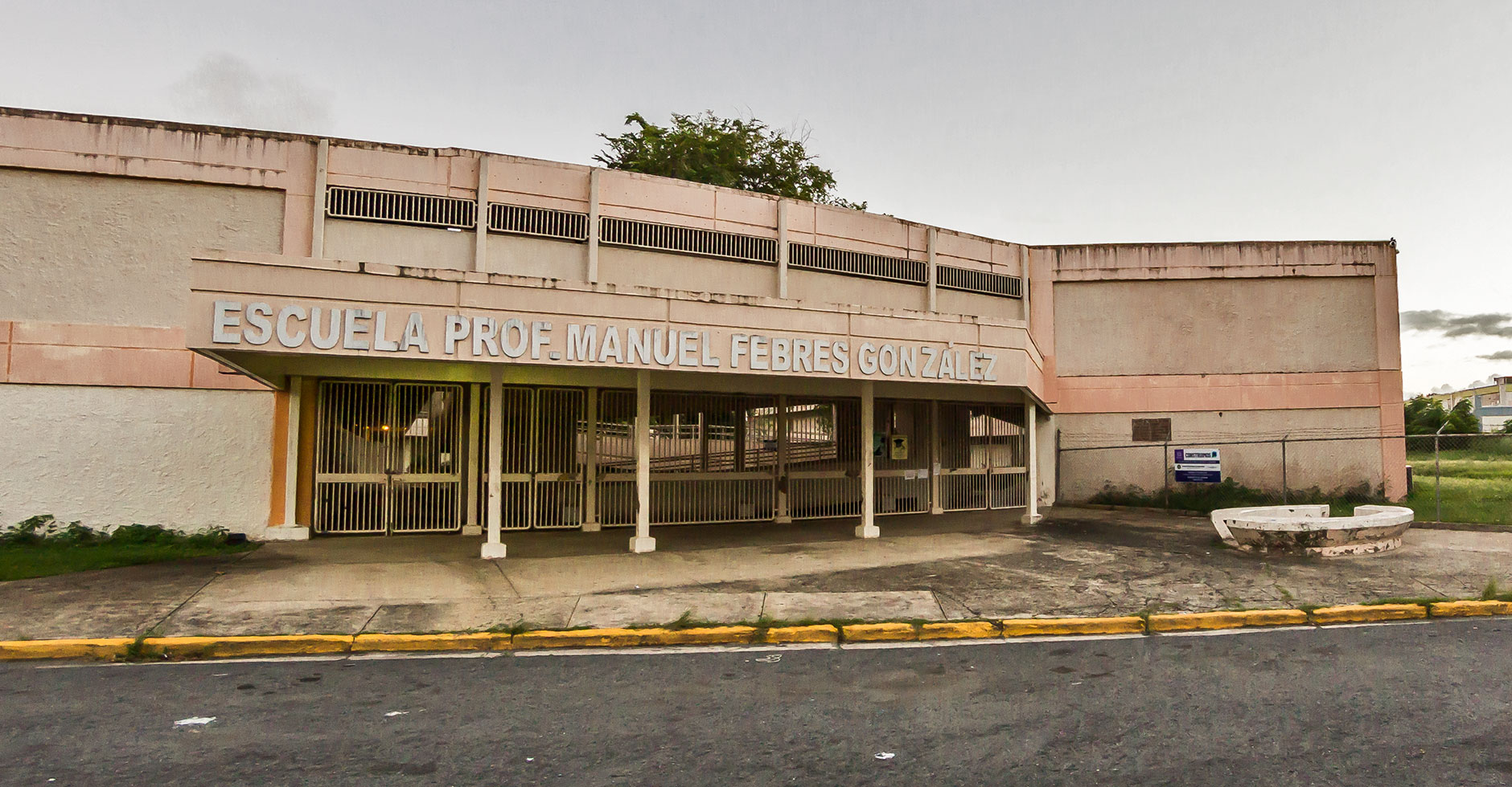 Escuela Manuel Febres González