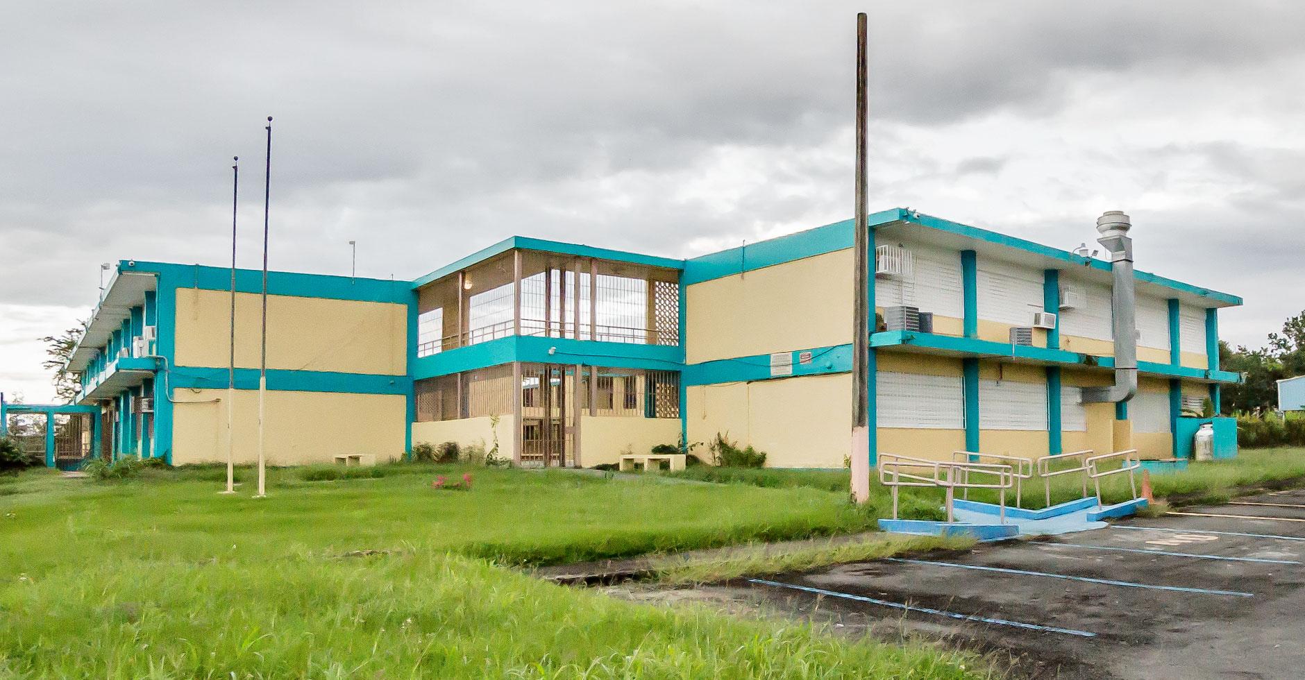 """Escuela Dr. Modesto Rivera Rivera (""""La 3"""")"""