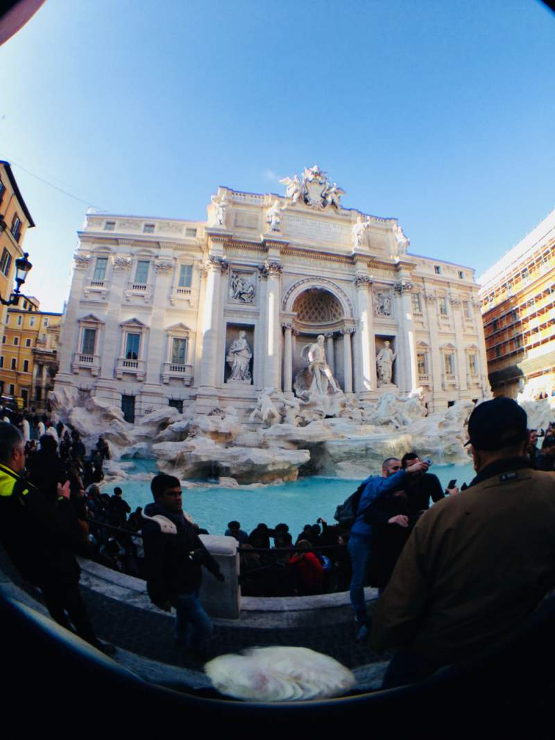 under30experiences-group-travel-blog-for-millennials-the-solo-travelers-guide-to-exploring-rome-trevi-fountain