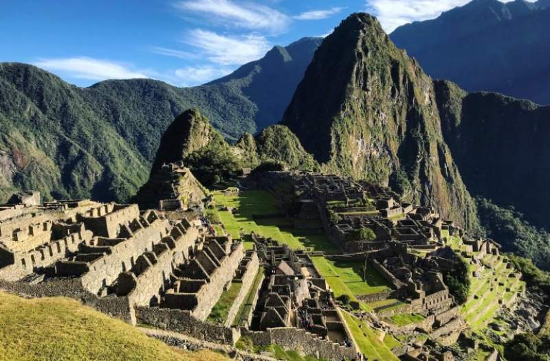 under30experiences-group-travel-blog-for-millennials-6-powerful-ways-solo-travel-will-boost-your-wellbeing-machu-picchu
