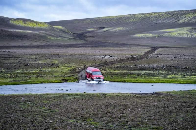 iceland-trek-transportation