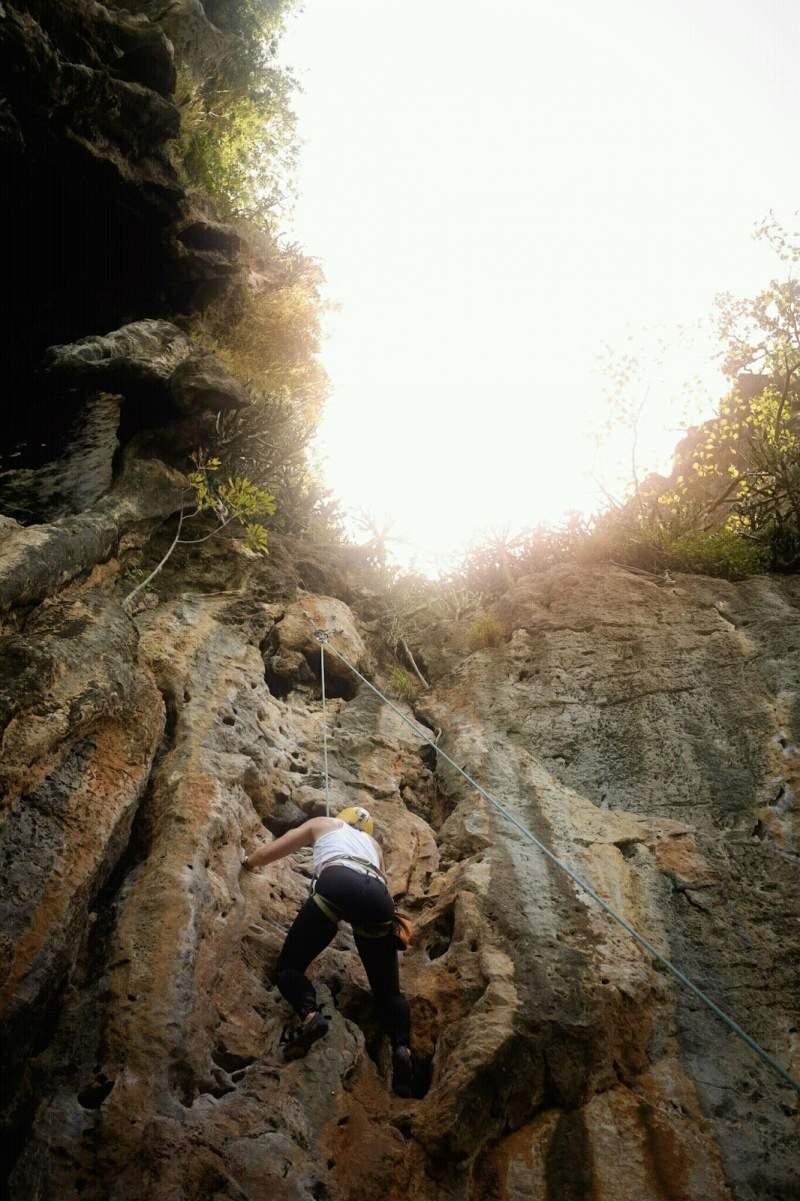 rock-climbing-in-thailand