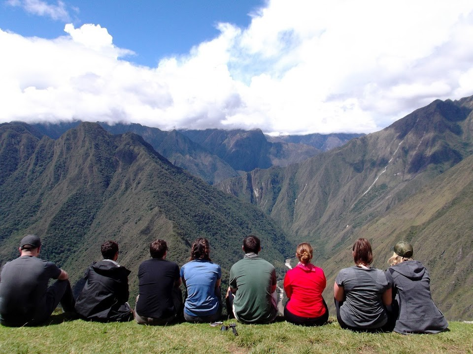 under30experiences-inca-trail-hike-group
