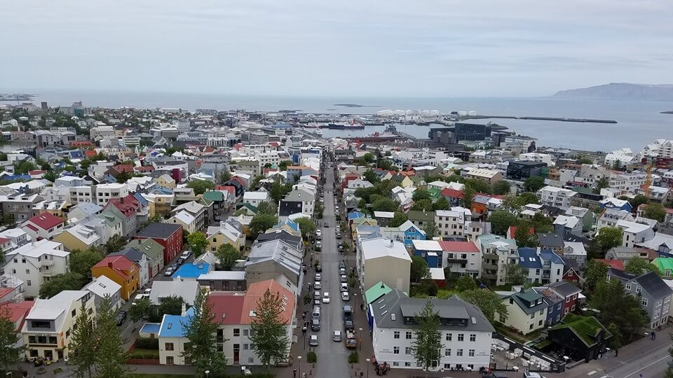 iceland-town-explore-under30experiences