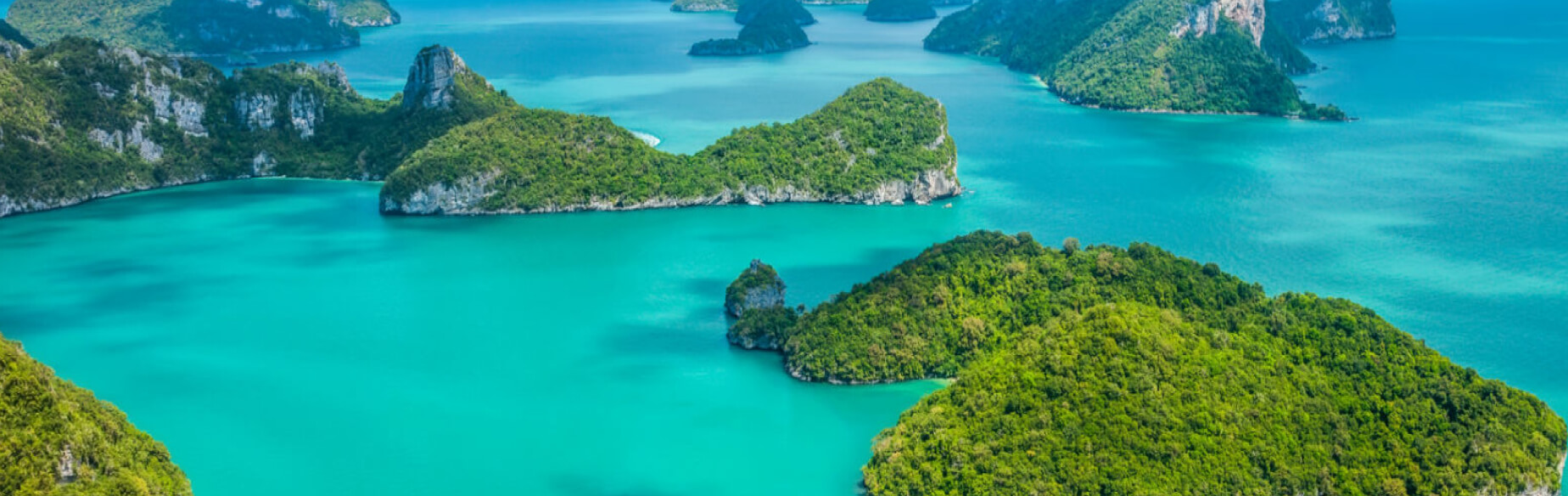 Green islands and blue water in Koh Samui, Thailand