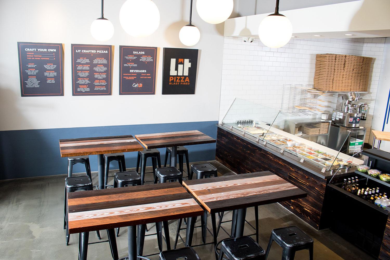LIT Pizza | Interior