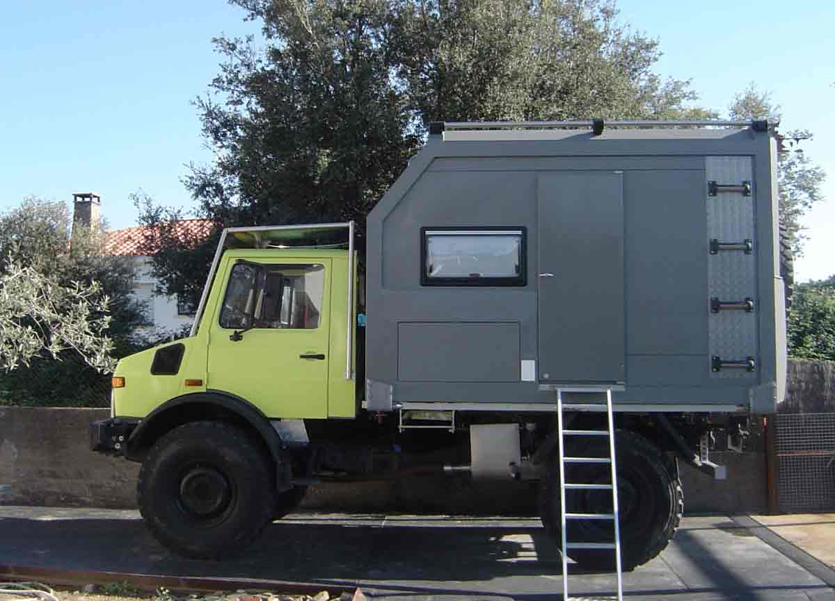 expedition truck Barcelona, trips in trucks from Barcelona, travel around the world in trips