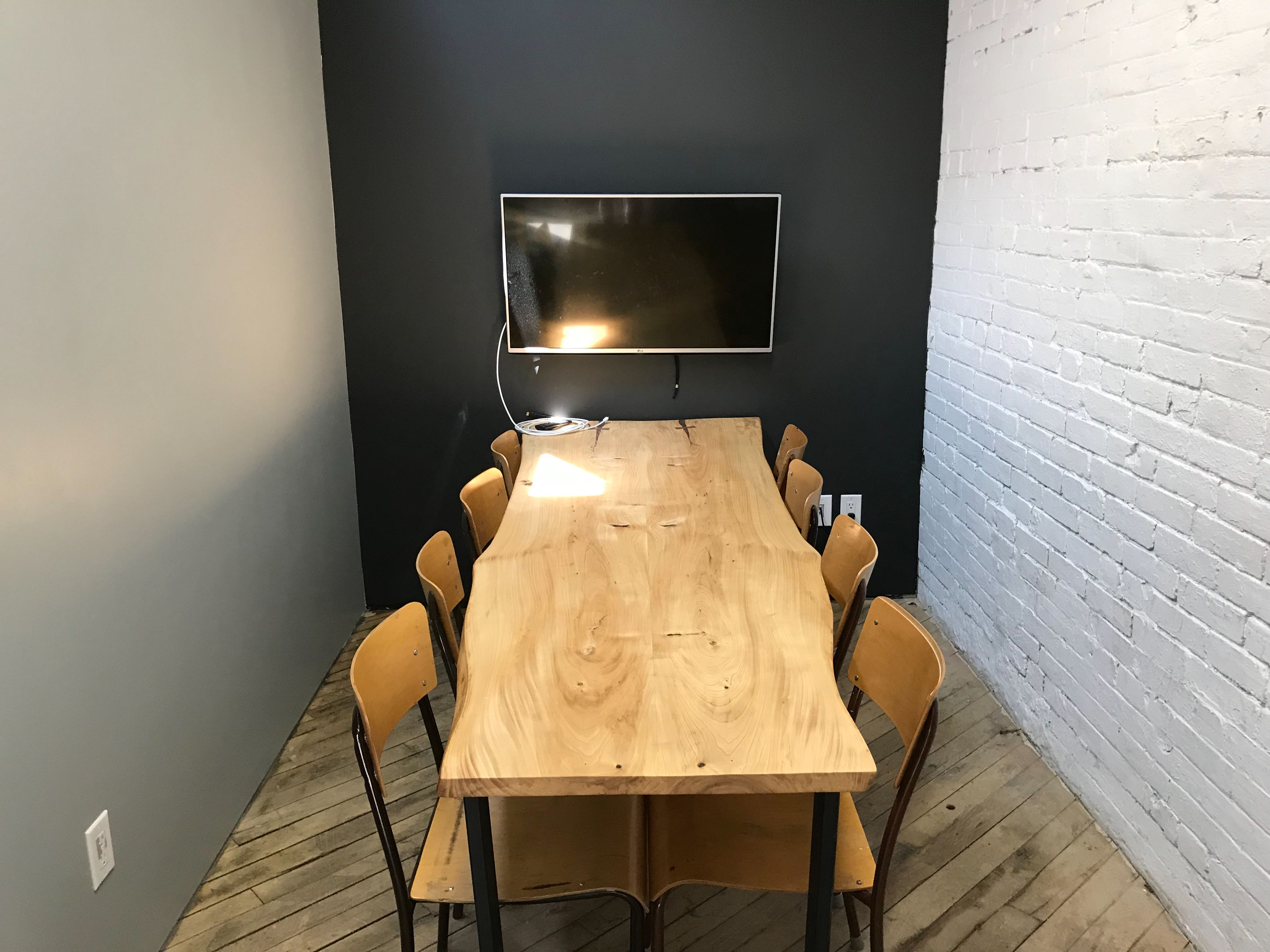 Project Spaces meeting room