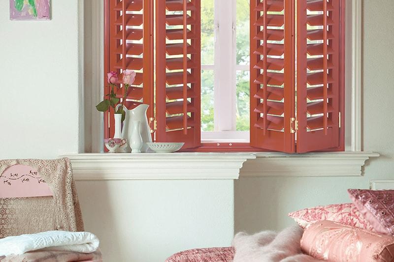 Custom colour shutters
