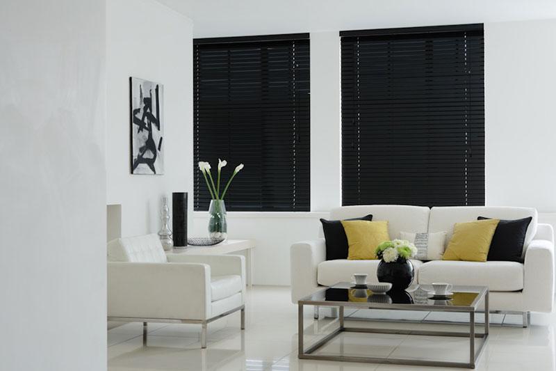 Wooden-Venetian-Blinds-Gloss-Black