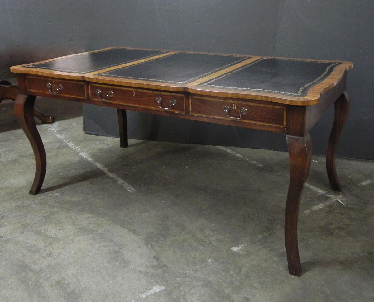 Custom shape top writing table