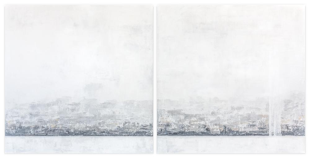 Obra Lux Mare colgada en pared blanca