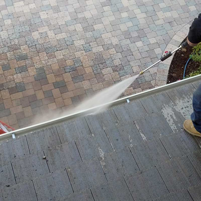 We provide the equipment and knowledge to keep your gutters in The Woodlands clean.