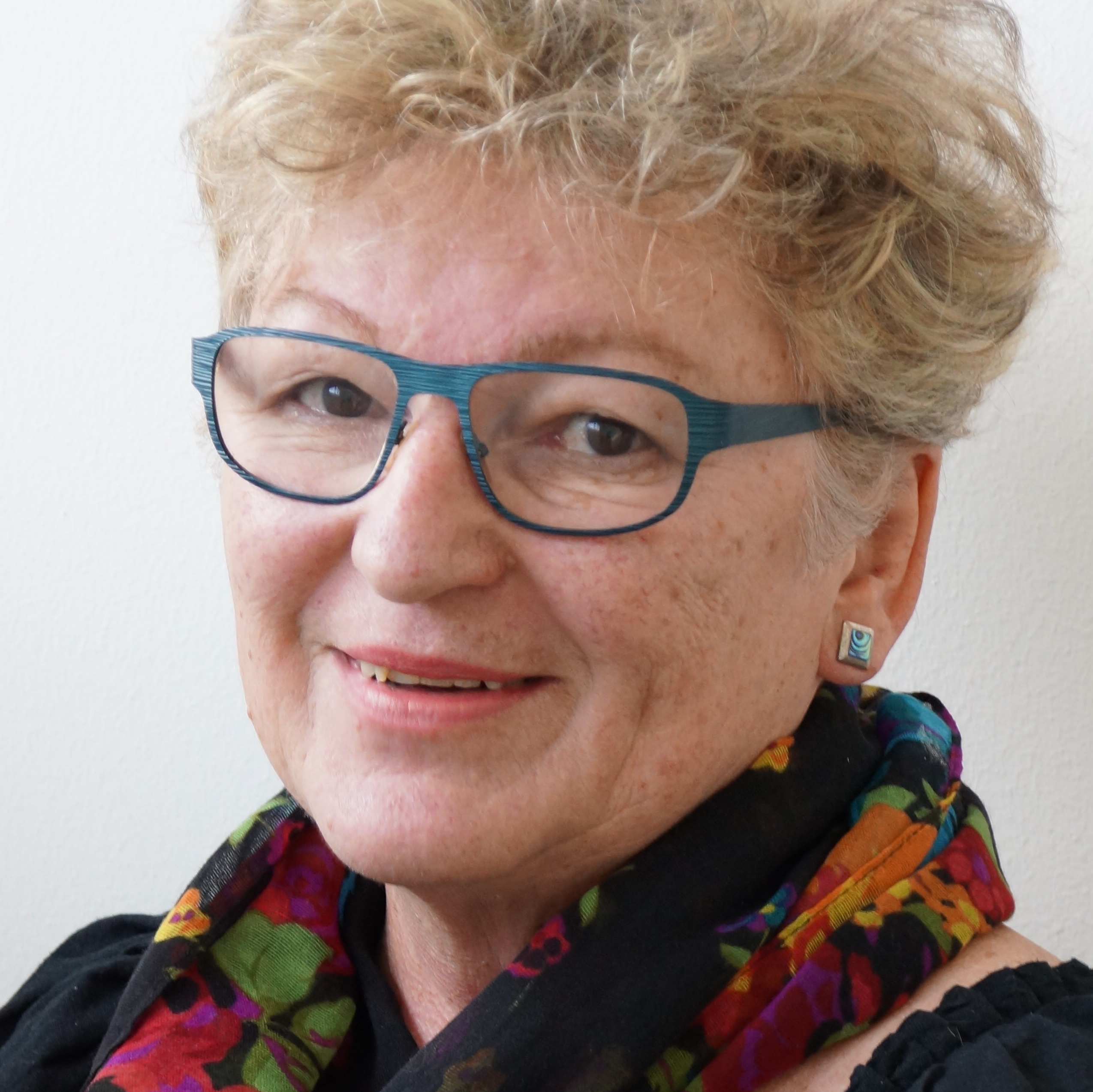 Sylvia Petter, author